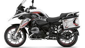 Aufkleber-Sets für diverse BMW-Modelle.