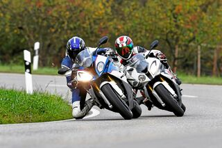 Bmw S 1000 Rr Alt Gegen Neu Im Test Motorradonline De